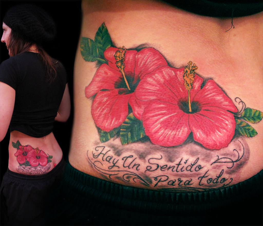 Tatuaje Flores Hawaianas A Color Y Frase Vallekas Tattoo Zone