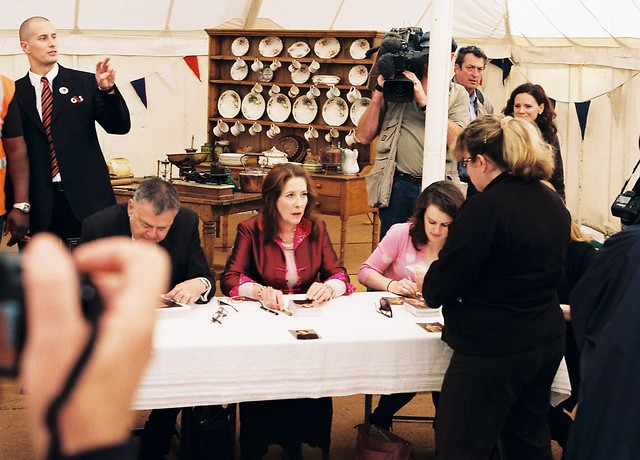 CNV00021 Highclere Castle - Kevin McNally, Phyllis Logan and Sophie ...