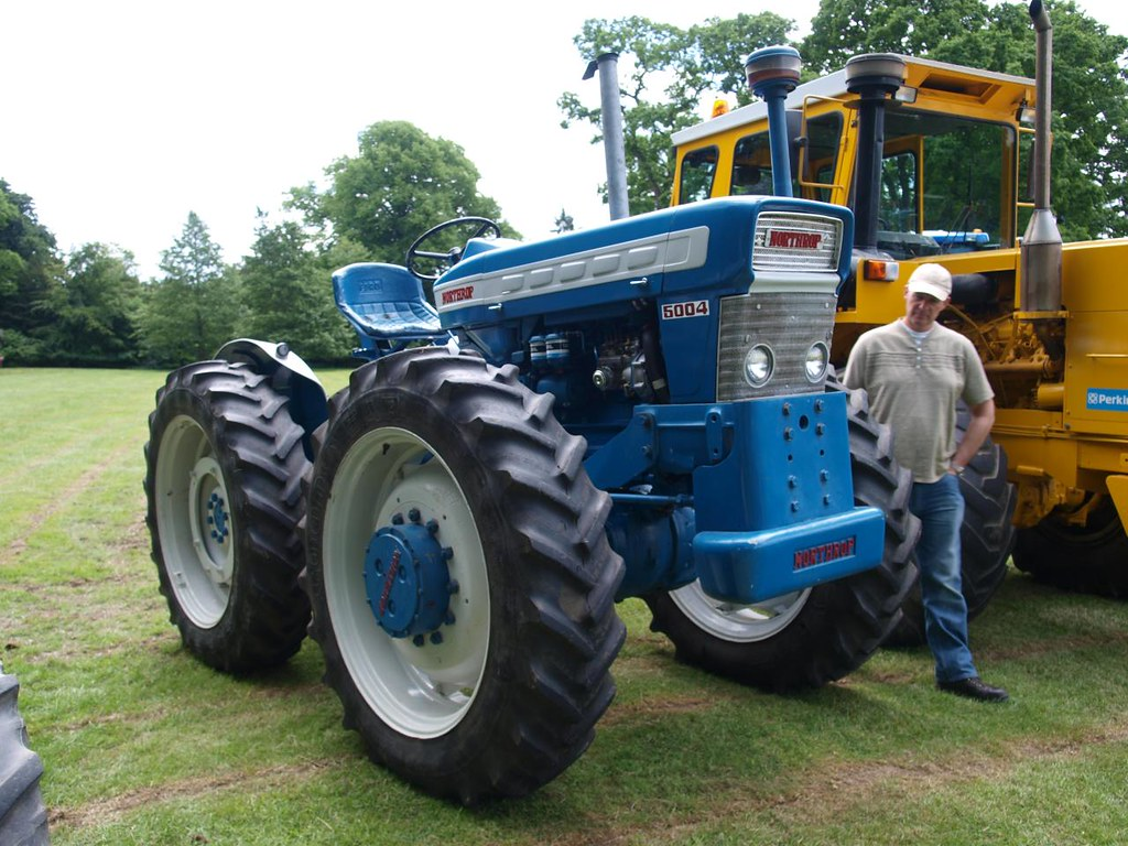 Smith Ford Tractors : Ford tractor restoration smith farms youtube