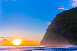 Waimanu Beach Sunrise | by konaboy
