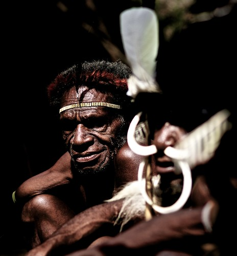 papua traditionnal show at Jiwika village in Balliem Valley - Occidental Papua | by Alex_Saurel