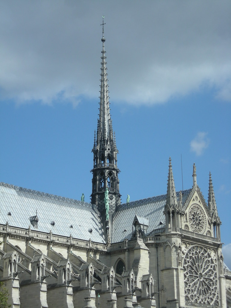 Resultado de imagem para flèche de notre dame La Belle Notre Dame 6173045014 f6744d7a5a b notre dame Notre Dame: the Story of the Lady of Paris 6173045014 f6744d7a5a b