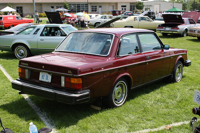 1982 Volvo 240 Dl 2 Door  Flickr - Photo Sharing-2135