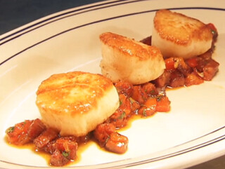 Seared Scallops On a bed of Chorizo, red peppers and White beans | by Auntie Katkat