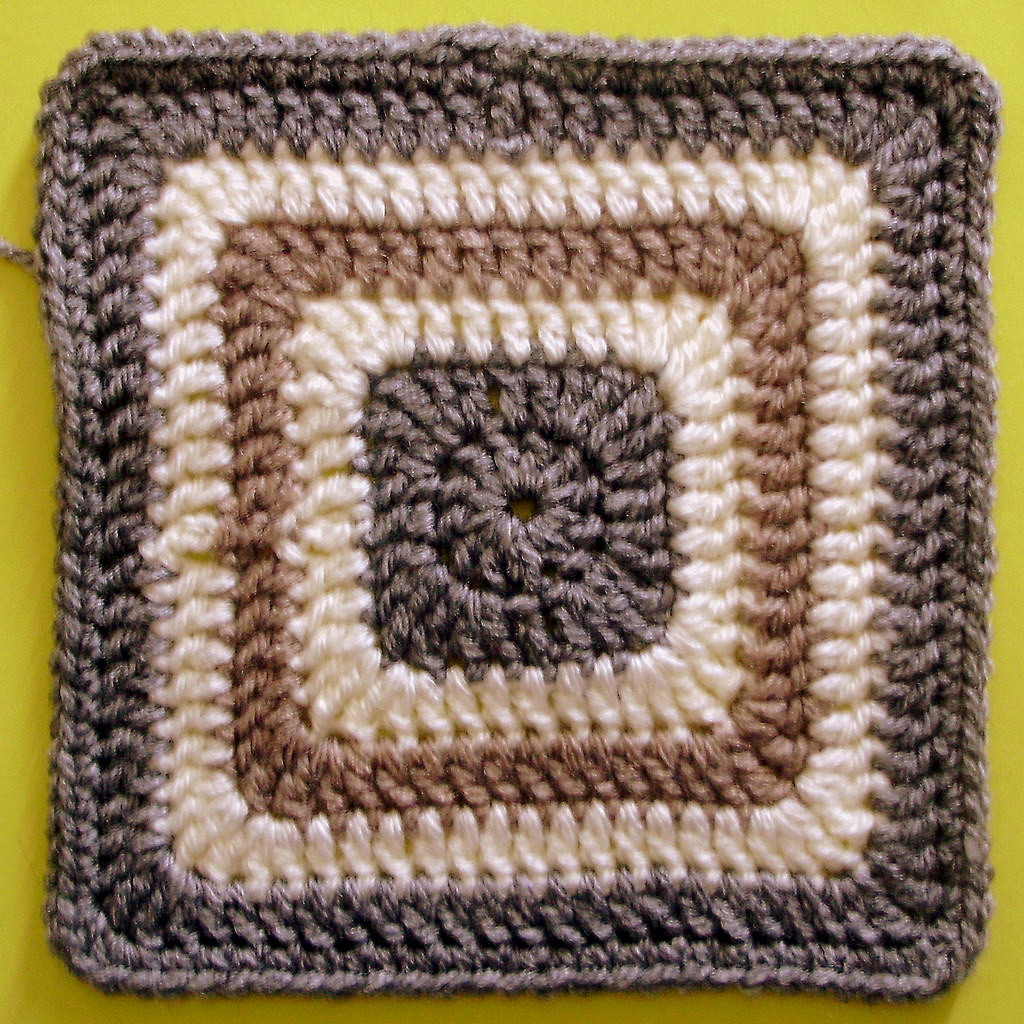 F And F Tire >> 200 carrés crochet Carré plein | Mon défi perso tiré du livr… | Flickr
