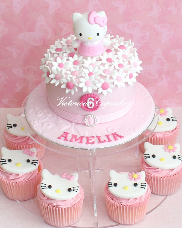 Hello Kitty Birthday Cake Victorious Cupcakes Flickr