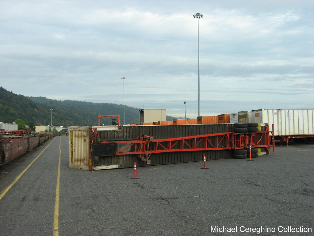 J.B. Hunt Intermodal container on its side | Found this inte… | Flickr