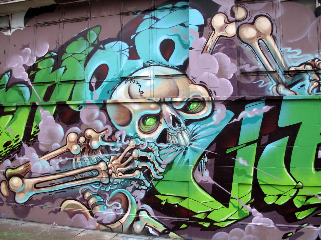 Keywords Skeleton Graffiti - Google Trends