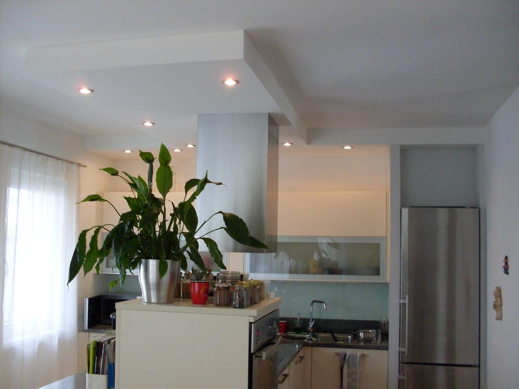 Küche abgehängte Decke | wegen dem Dunstabzugschachtes abges… | Flickr