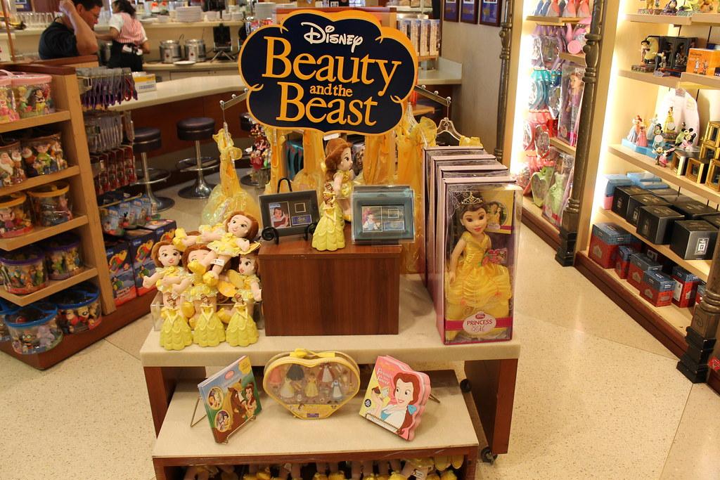 The Disney Store At Fashion Sa D