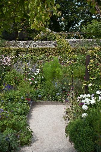 Le labyrinthe jardin des cinq sens yvoire haute savoie for Jardin 5 sens guadeloupe