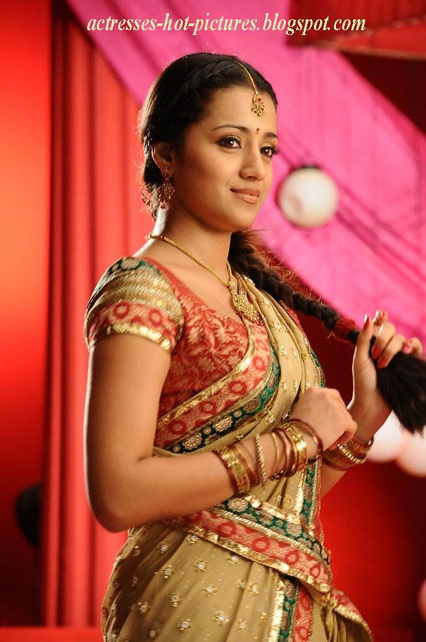 Krishnan saree Trisha