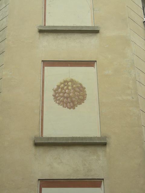 Peinture murale sur une fen tre condamn e flickr photo for Peinture sur fenetre
