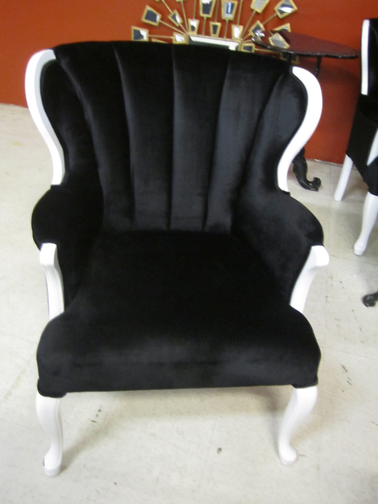 ... 4054 WHITE LACQUER CHAIR WITH BLACK VELVET | By Diva Rocker Glam (844)