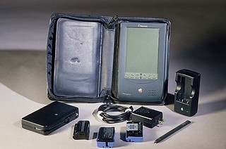Apple Newton - model H1000 | by national museum of american history