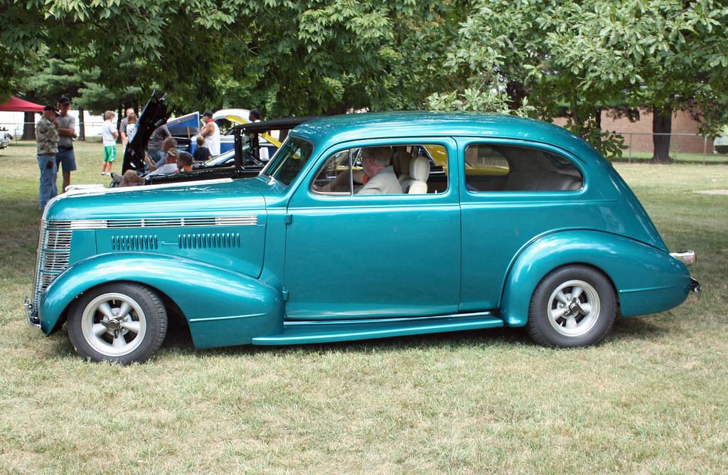1937 pontiac deluxe six 2 door slant back sedan custom 6 for 1930 pontiac 4 door sedan