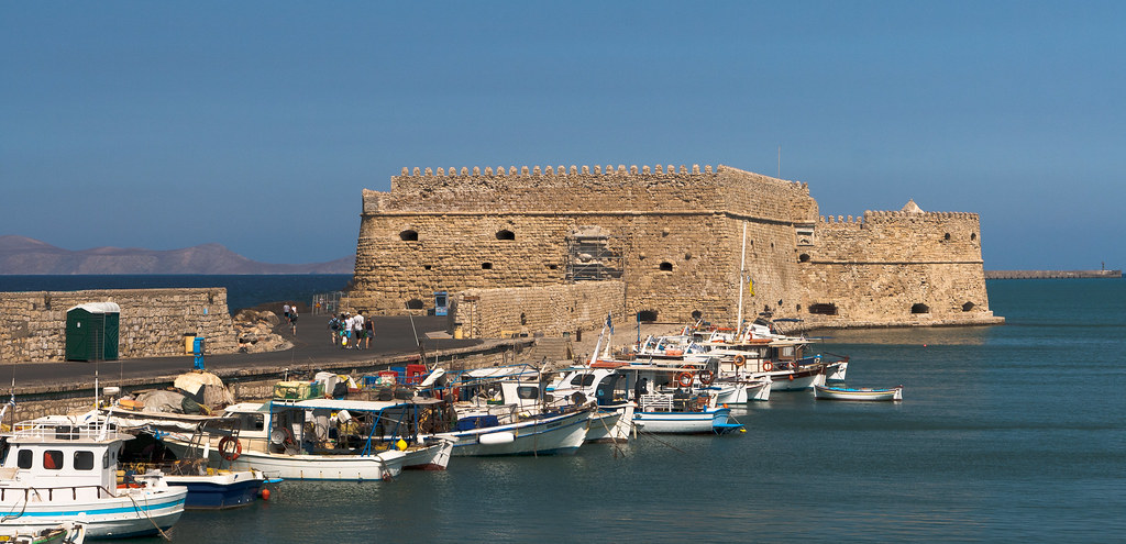 Koules Fortress  Standing in the harbour of Heraklion the ...