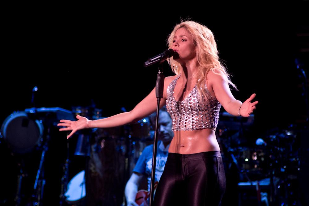 shakira_f1_2011-12 | H... Shakira
