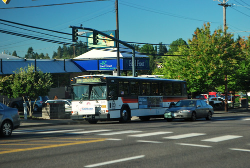TriMet 2113 on route 44 passing the Hilsdale Shopping Center | by Dornoff Photography