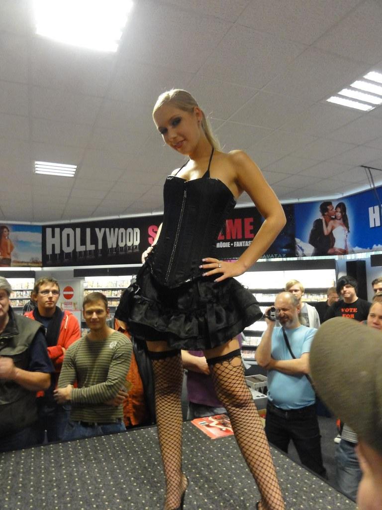 Novum Lena Nitro 02 Novum Osnabr 252 Ck Lena Nitro Show 1