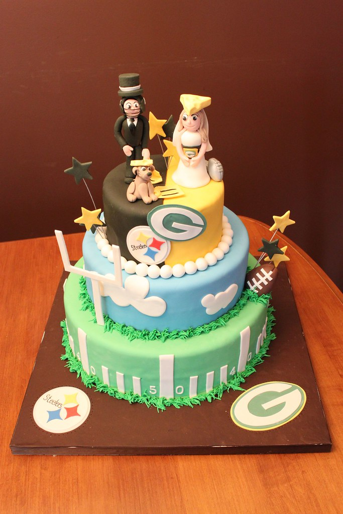 football themed wedding cakes football theme wedding jeannette s custom cakes flickr 14394