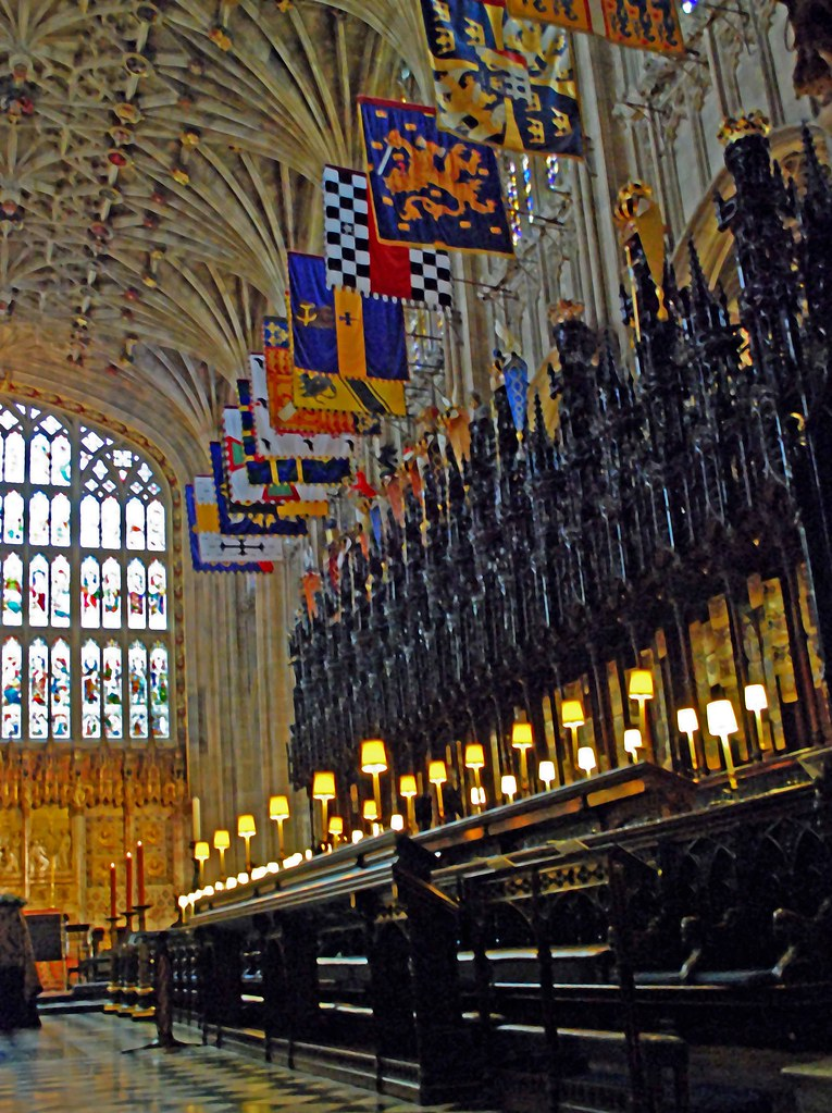 Inside St George's Chapel - Windsor Castle | St George's ...