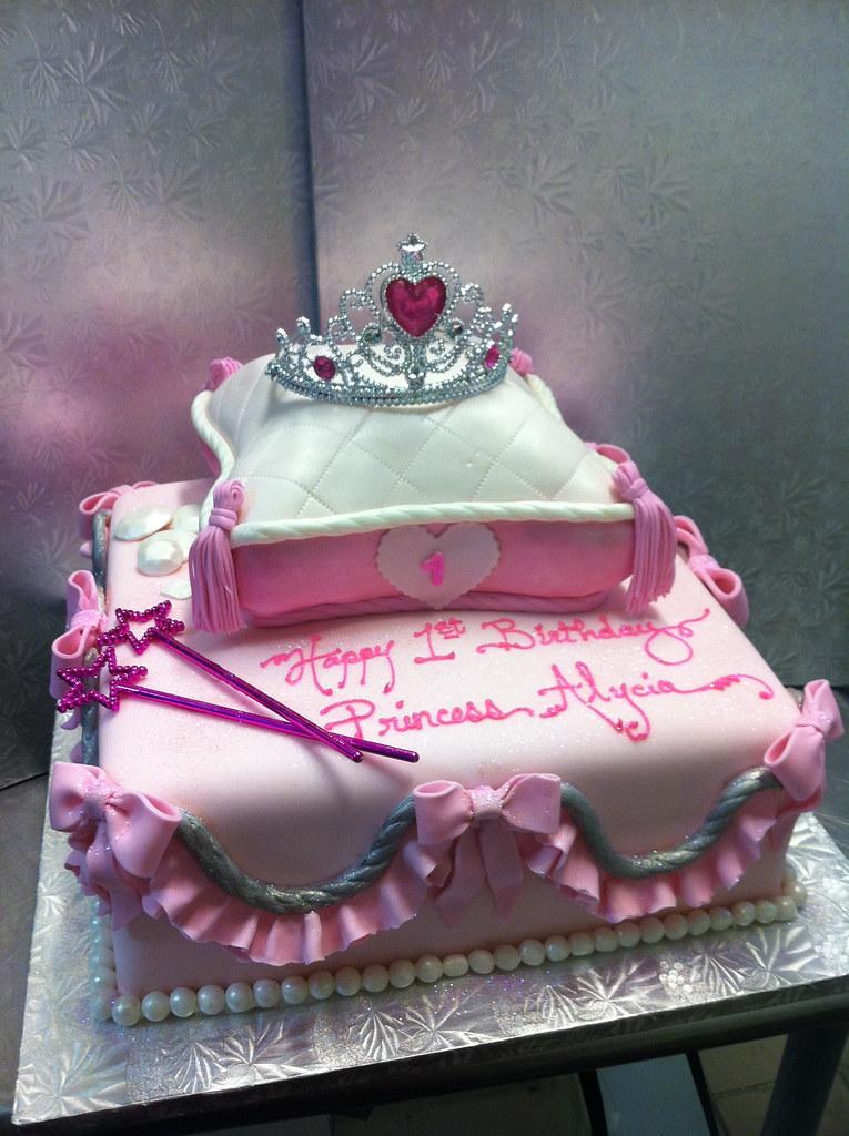 1st Birthday Princess Cake Contis Pastry Shoppe Flickr