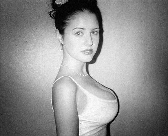 Chloe vevrier white dress