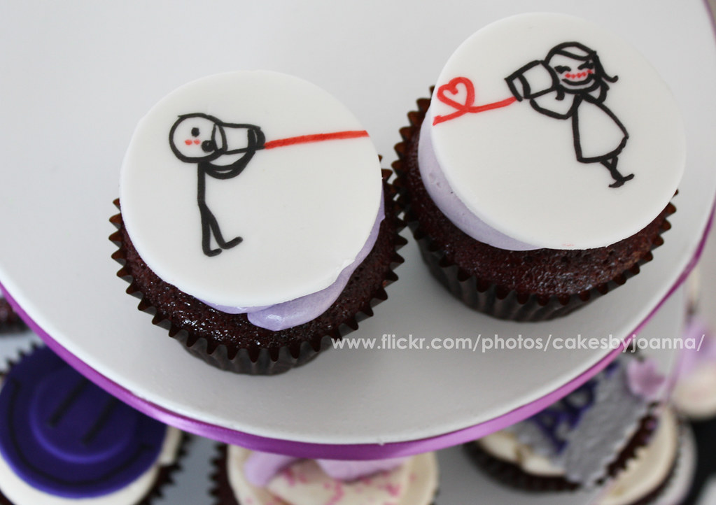 Love Couple Cupcakes Visit My Blog At Www Thecakinggirl C Flickr