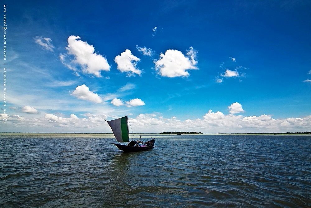 Boat On River Meghna Location Meghna River Bangladesh