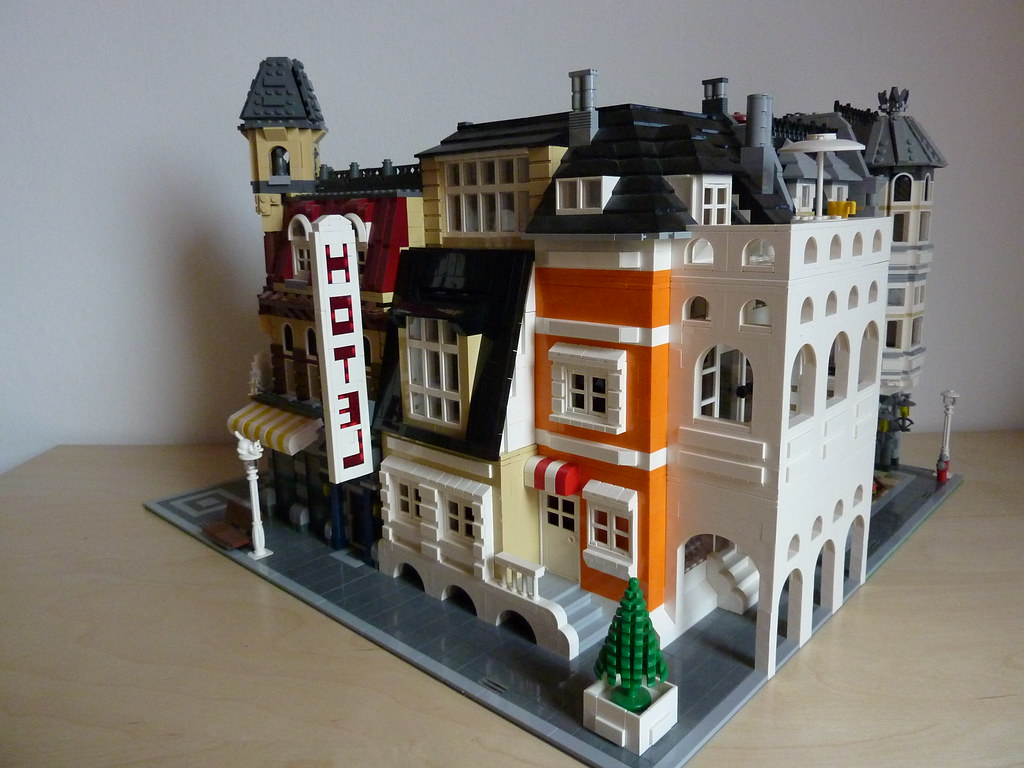 Lego haus orange beige 002 skreenkiller flickr for Modernes lego haus
