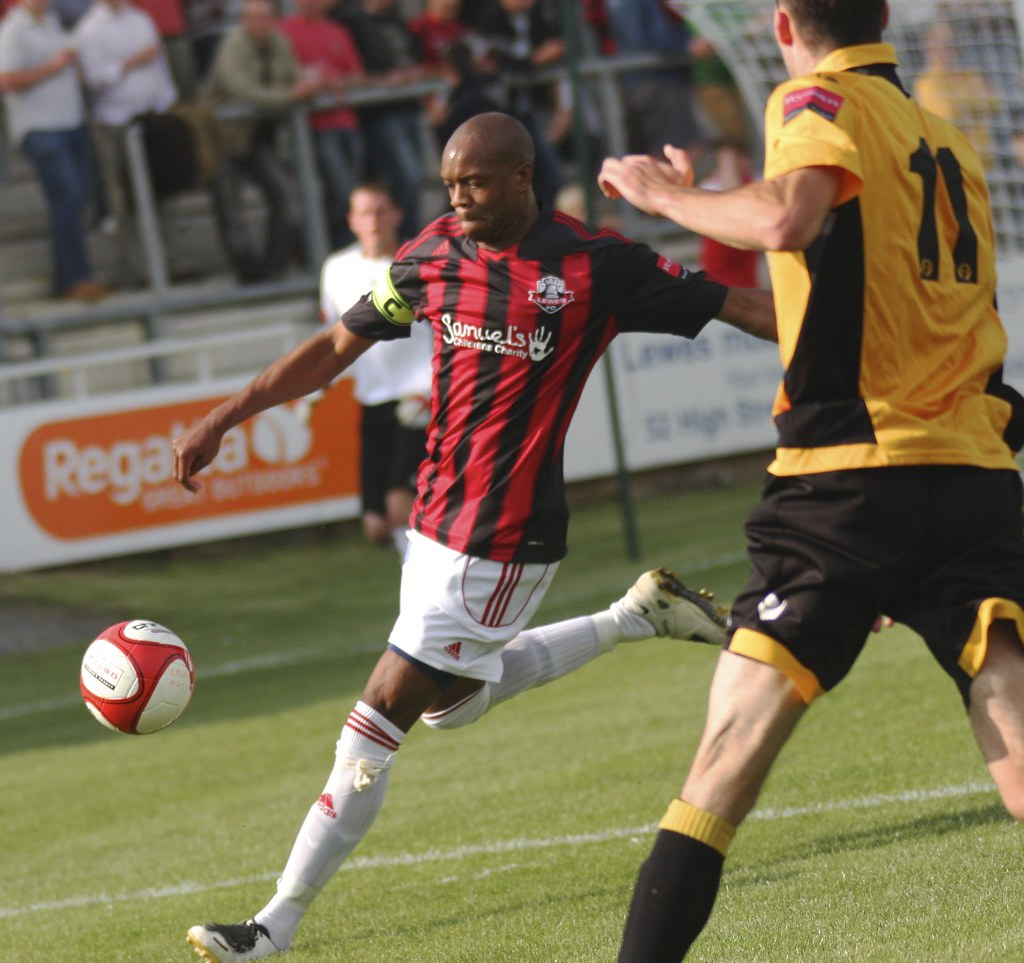Lewes V Cray Wanderers Sept 2011 James Boyes Flickr