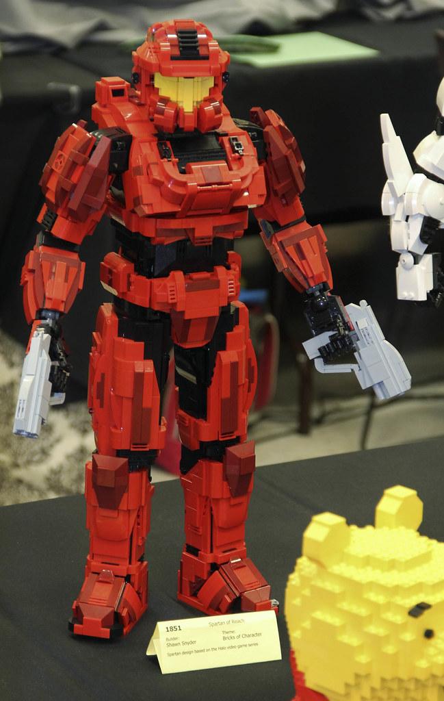 LEGO Halo Spartan of Reach by Shawn Snyder at Brickcon 201 ...