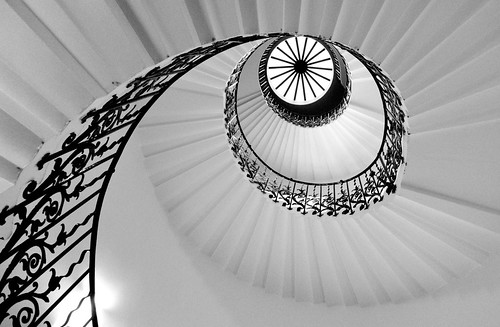 Queen's Spiral | by @archphotographr