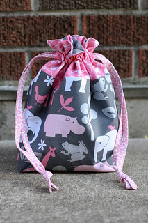 Lined Drawstring Bag Tutorial | by Jeni Baker