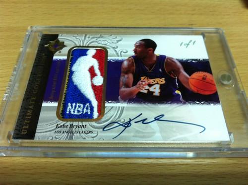 06-07 Ultimate Collection Kobe Bryant NBA Logoman Auto-1