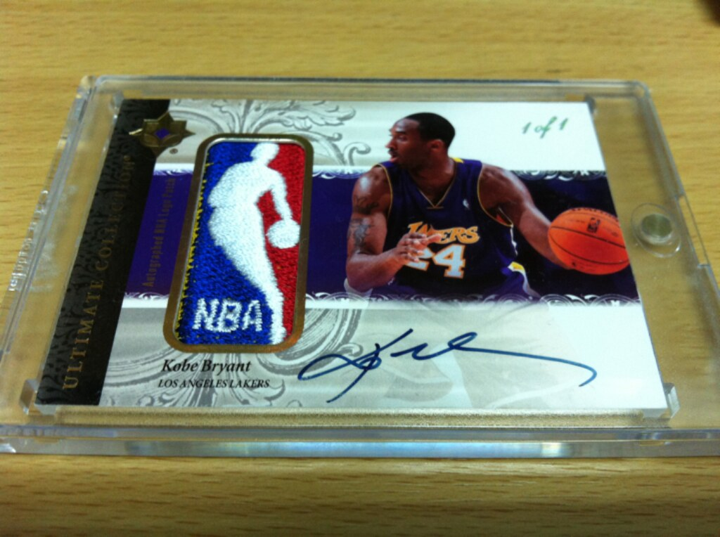 06 07 ultimate collection kobe bryant nba logoman auto 1