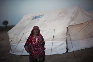 UNHCR providing shelter to Pakistan flood victims | by UNHCR
