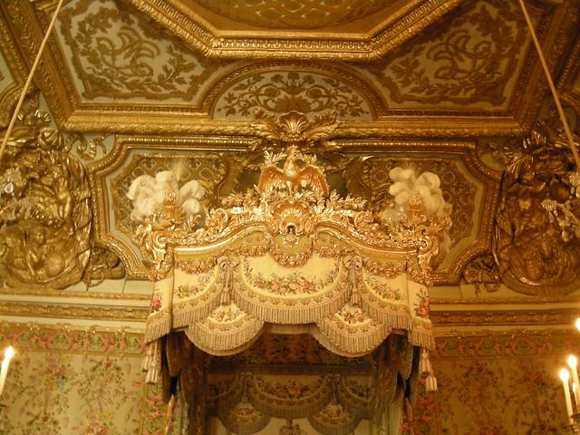 Haut du lit baldaquin se trouvant dans la chambre de la flickr photo - Chambre lit baldaquin ...