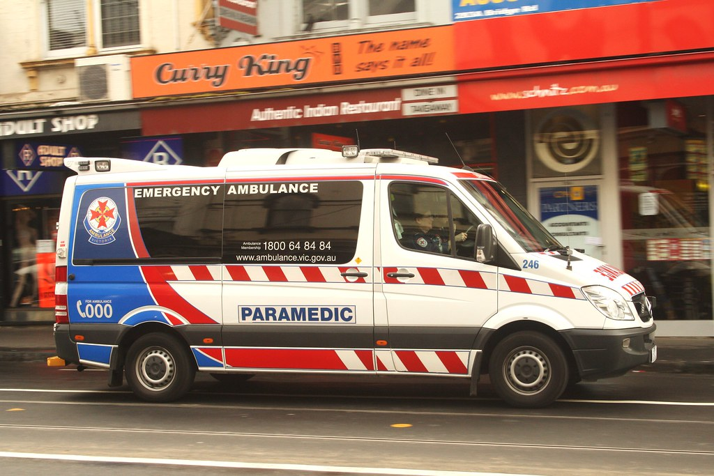 White Mercedes Benz >> Ambulance Victoria | Ambulance Victoria #246 Mercedes Benz S… | Flickr