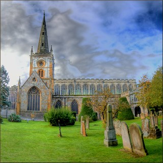 Holy Trinity Church in Stratford-upon-Evan, William Sheakspeare rests here in peace... | by Hans Kool