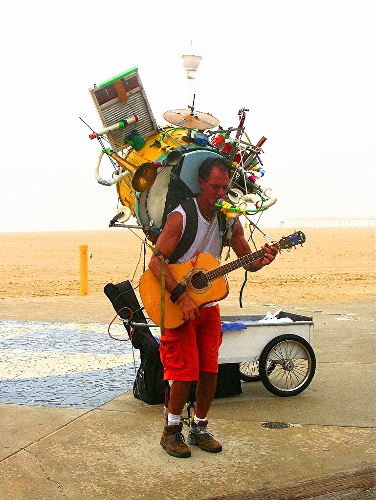 one man band on the boardwalk ocean city md usa. Black Bedroom Furniture Sets. Home Design Ideas