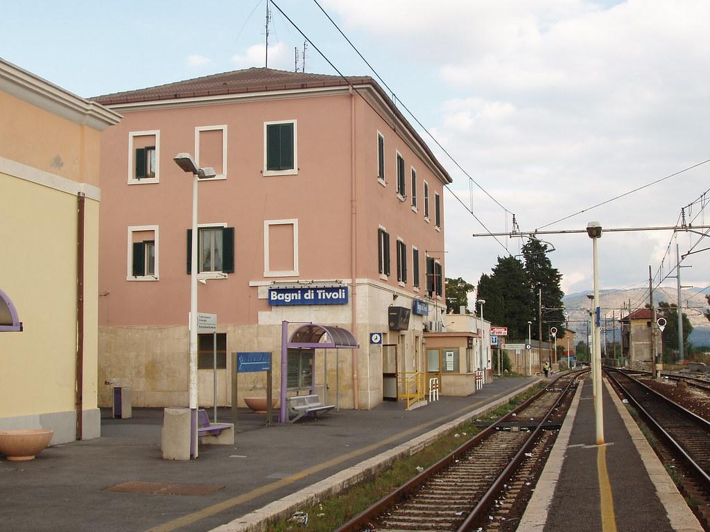 Stazione ferroviaria bagni di tivoli stazione ferroviaria flickr - Bagni di tivoli ...