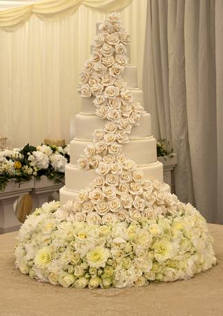 8 Tier Handmade Rose Wedding cake | Lisa Hilton | Flickr