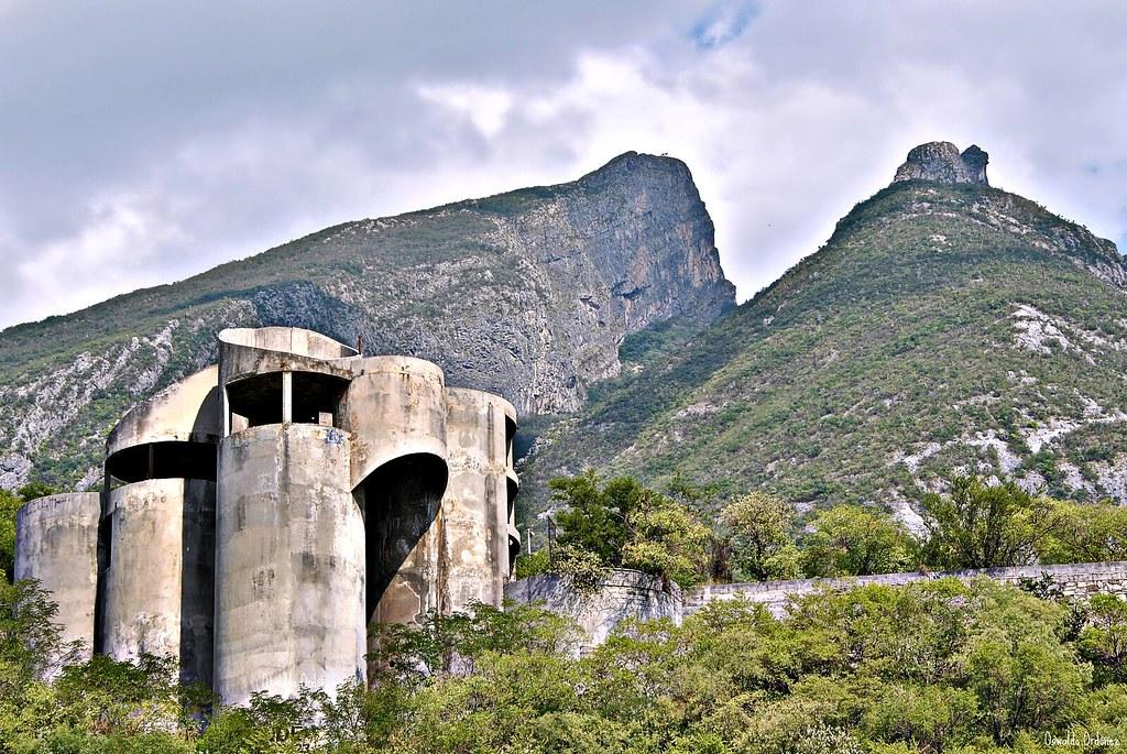 La casa de los tubos 2011 photo by oswaldo ord ez for La casa de los azulejos leyenda