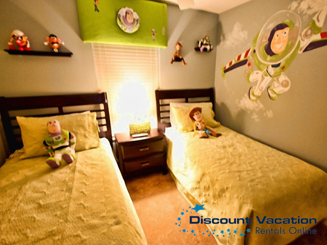 buzz lightyear themed twin bedroom peter van den broeck