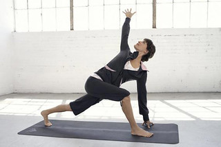 White Yoga Session: Paris opens its chakras! Check it out on Hoosta Magazine.