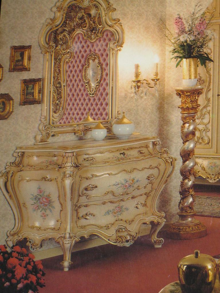 Arredamento Stile Barocco Veneziano. Letto Stile With ...