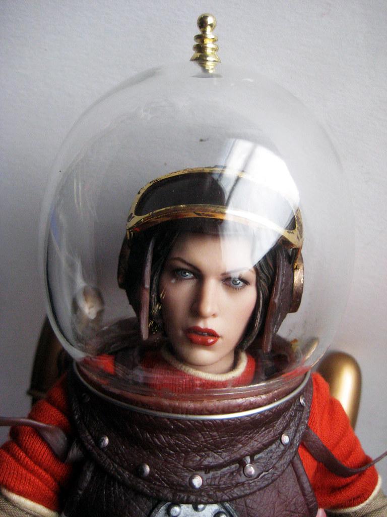 retro girl astronaut - photo #9