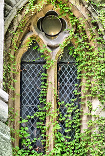 One of the beautiful windows at the Tower of London | by Steve Taylor (Photography)